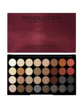 Revolution Flawless Eyeshadow Palette in carnesia