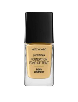 Wet N Wild Photofocus Foundation dewy - Golden Beige in carnesia